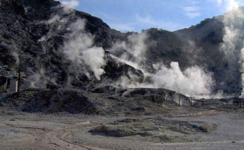 Il supervulcano dei Campi Flegrei è sotto pressione