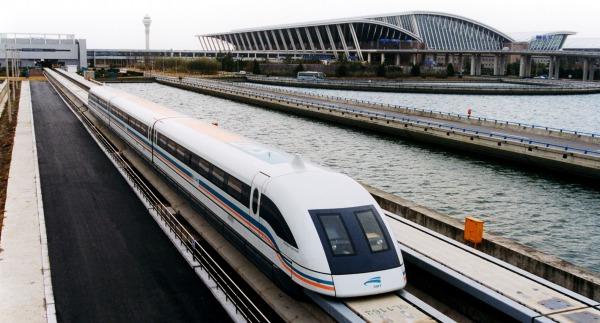 Treno a levitazione magnetica da 500 km/h in Giappone, il video