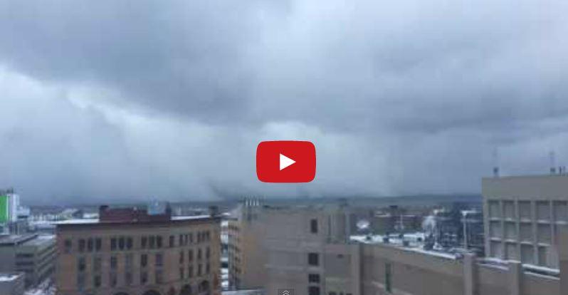 Snow Lake Effect negli Stati Uniti, e la città di Buffalo viene sepolta dalla neve - Youtube