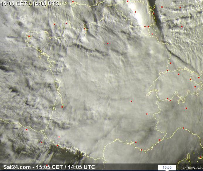 La Francia sotto un tappeto di nubi - sat24.com