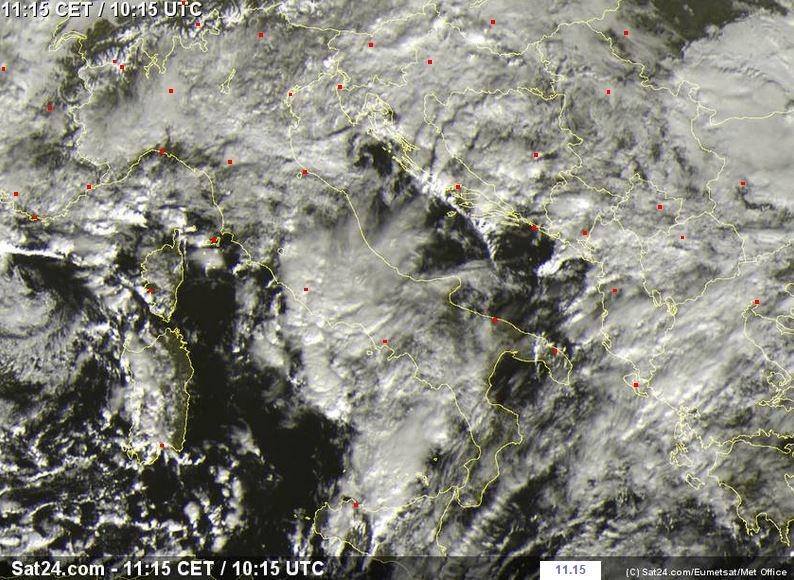 Situazione attuale: intensi temporali su Sicilia, Sardegna, Toscana, Lazio e Campania - sat24.com