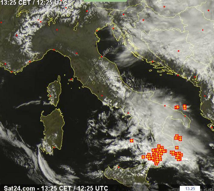 Forti temporali al Sud Italia - sat24.com
