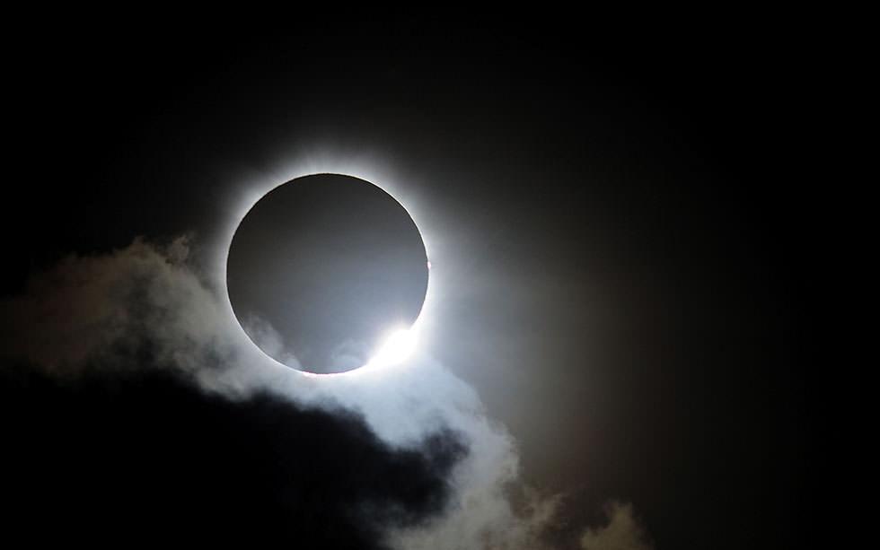 Eclissi solare Italia: come, quando e dove vederla, sarà uno spettacolo straordinario