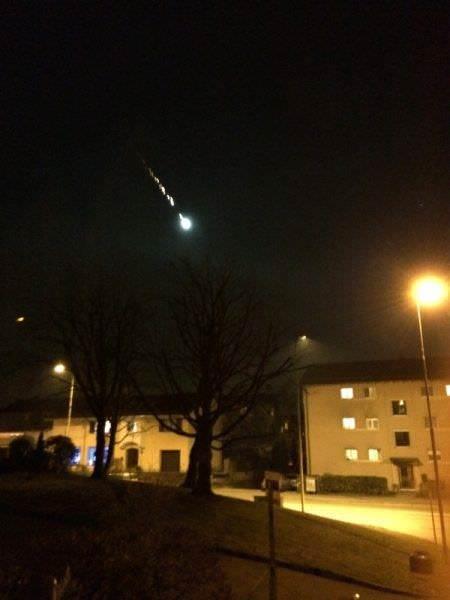Meteorite si schianta nei pressi di Zurigo, Svizzera: è stato avvistato sui cieli di mezza Europa