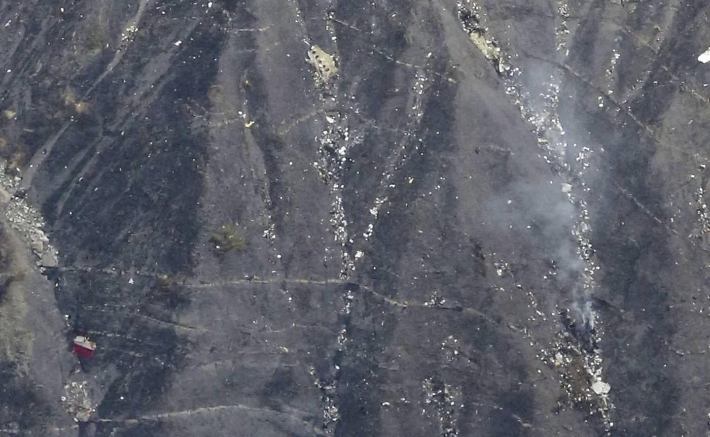 Il luogo della caduta dell'airbus A320 in Francia - MaxPPP/LaPresse