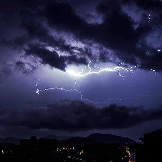 Tempesta di fulmini sul Triveneto - foto di Nalesso Michela