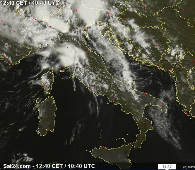Maltempo Nord Italia: grandine e nubifragi tra Lombardia e Veneto - sat24.com