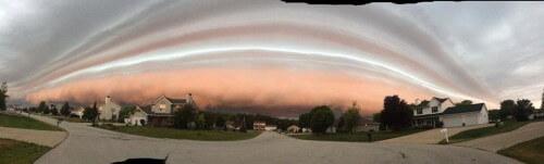 Panoramica della shelf cloud multistrato in Arkansas