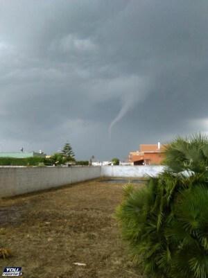 Tornado Brindisi: segnalato vortice alle porte della città in Puglia - Youreporter