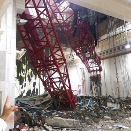 Dramma in Arabia Saudita, gru crolla sulla moschea di Al-Haram, 110 morti