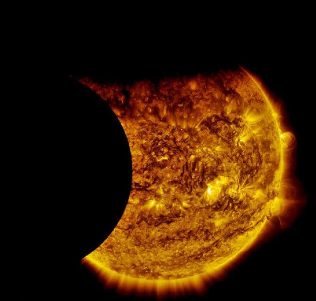 doppia eclissi