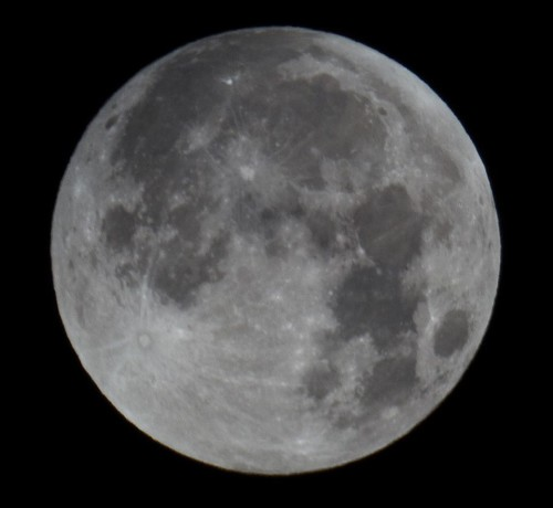superluna eclissi