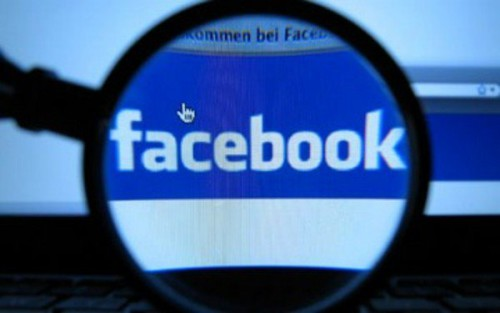 Facebook spionaggio governativo