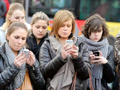 adolescenti social