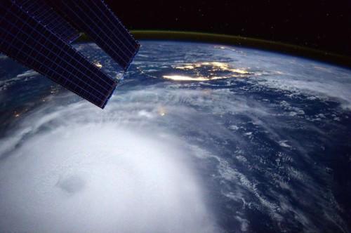 uragano joaquin scott kelly