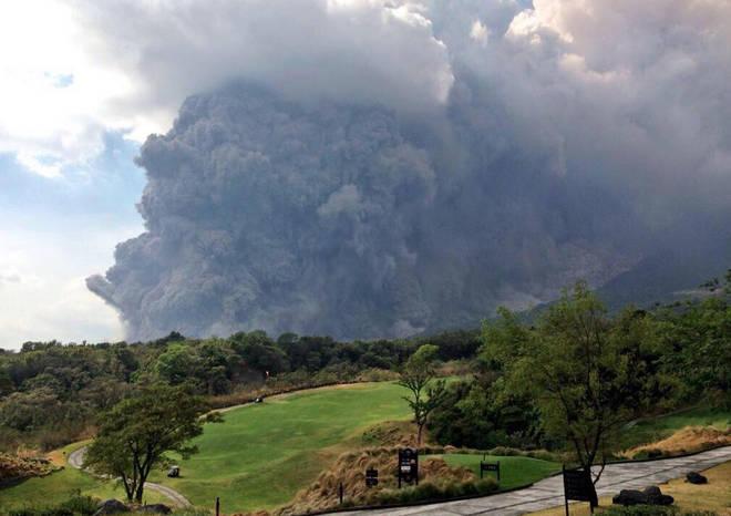 eruzione vulcano fuego