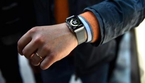 Apple Watch 2 data di uscita 2016 rumors e caratteristiche nuovo modello