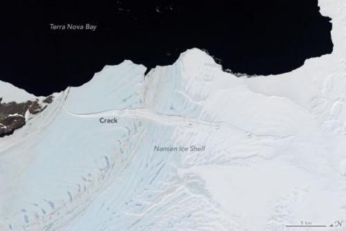 antartide nuovo iceberg in formazione