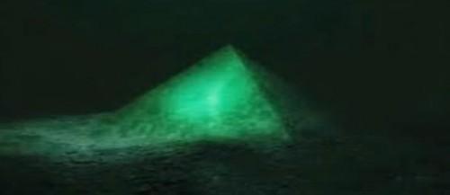piramide triangolo delle bermuda
