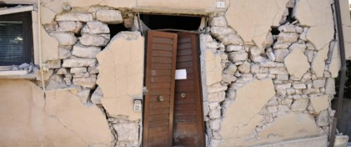 The damaged facade of a building in Visso, near Macerata, a day after two big earthquakes shook central Italy, 27 October 2016. At least 200 aftershocks followed the first of two big earthquakes to hit central Italy on Wednesday, the National Institute of Geophysics (INGV) said Thursday. The first 5.4 magnitude quake struck at 19:10 Italian time and was followed by an even bigger one, of magnitude 5.9, at 21:18. But there were at least 200 aftershocks too. ANSA/ CRISTIANO CHIODI